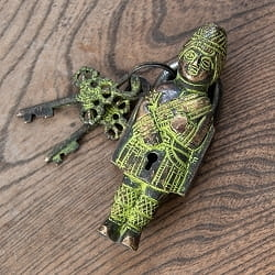 アンティ-ク風南京錠 - 古代人