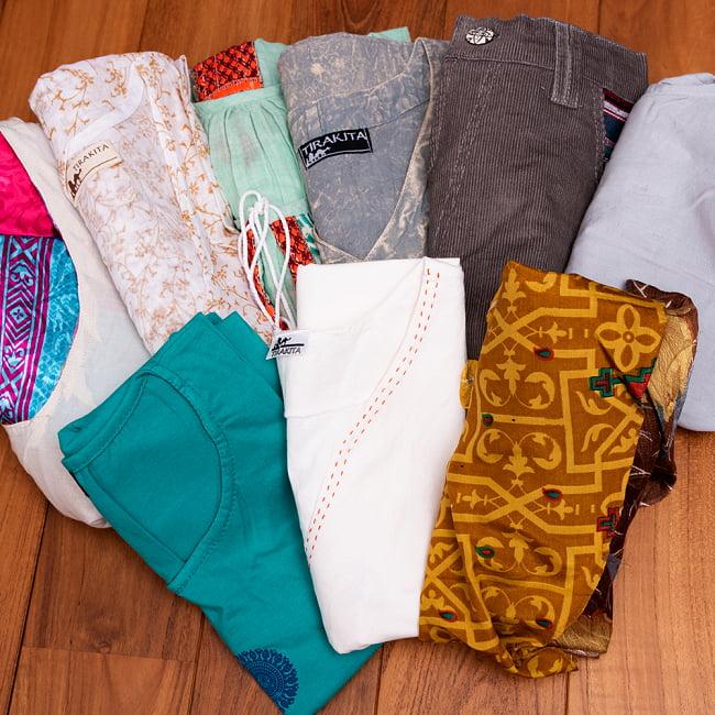 【日頃の感謝を込めて】お得なゴールド福袋 - 雑貨と衣料の福袋【発送予約】 4 - ユニセックスバージョンには、こちらのキャンドルホルダーが必ず入っています。