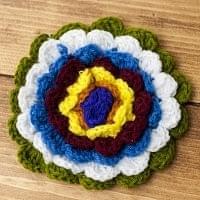 手作り毛糸のお花ブローチ
