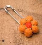 フェルトのお花ブローチ 【オレンジ】