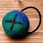 モコモコフェルトボールのヘアゴ