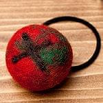 モコモコフェルトボールのヘアゴム 【赤×オレンジ×緑系