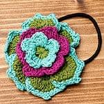 手作りコットンのお花ヘアゴム - 赤紫×緑×水色系
