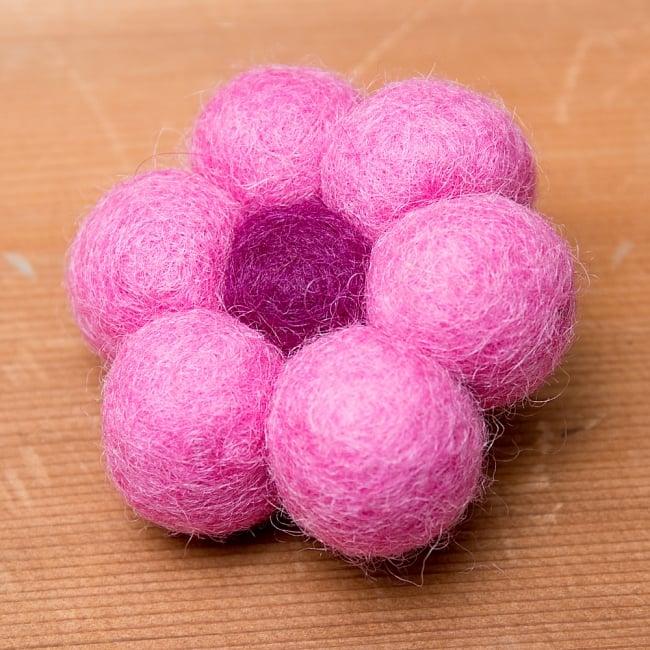 フェルトのお花ブローチ - ピンク×えんじの写真