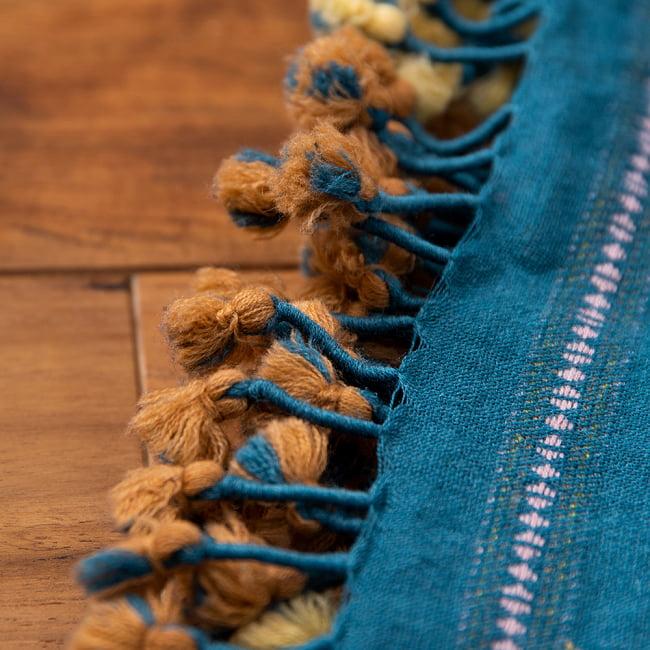 【1点もの】ブジョーディ村の手織りショール 2 - 端にはたっぷりのフリンジがほどこされています。