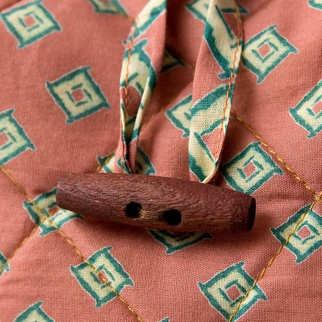 インド綿のトートバッグ 【ピンク・小柄】 3 - 木がアクセントになっていてとても可愛いです!