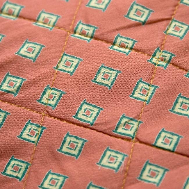 インド綿のトートバッグ 【ピンク・小柄】 4 - アップにしてみました!