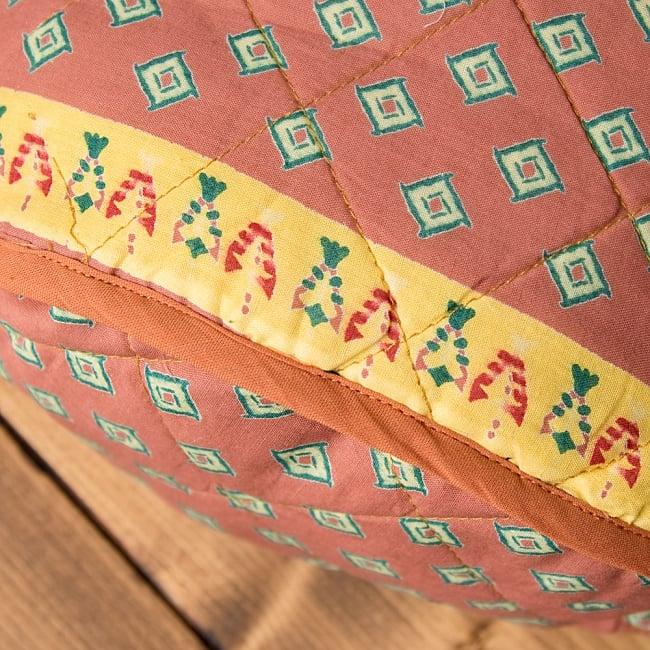 インド綿のトートバッグ 【ピンク・小柄】 7 - 底部分をアップにしてみました。