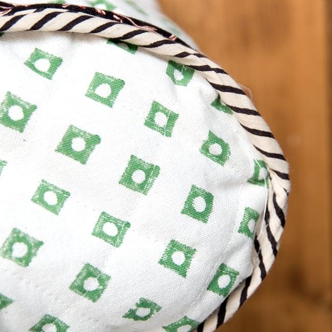 インド綿のトートバッグ 【白】 3 - 底の拡大写真です。