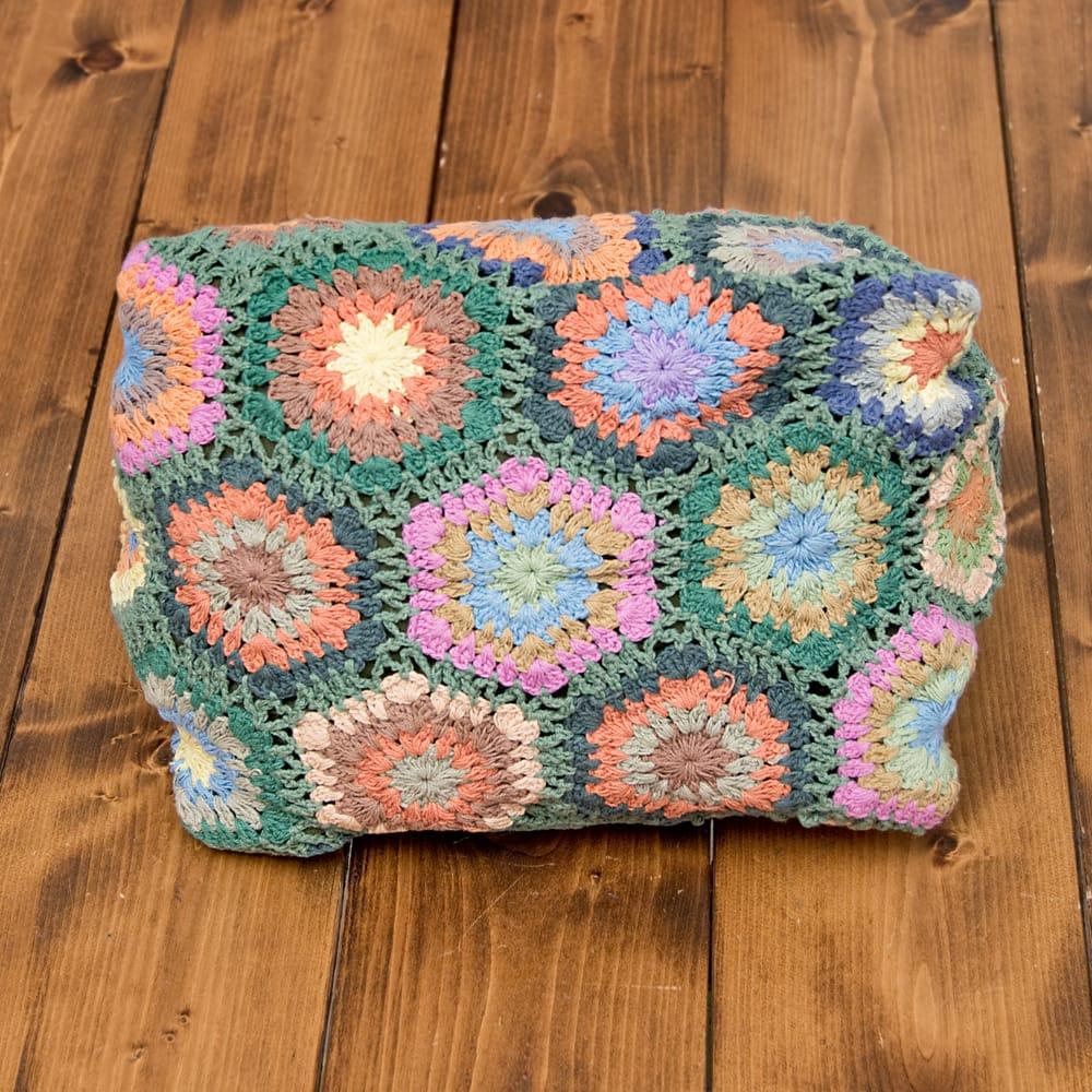 お花刺繍のショルダーバッグ【山型】グリーン 6 - 底まで可愛いです!