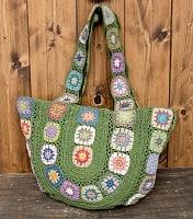 お花刺繍のショルダーバッグ グリーン(ジッパータイプ)