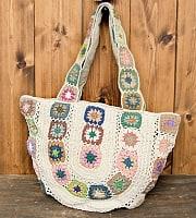 お花刺繍のショルダーバッグ【丸型】アイボリー