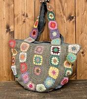 お花刺繍のショルダーバッグ【丸型】グレー