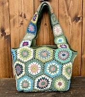 お花刺繍のショルダーバッグ【山型・小】グリーン