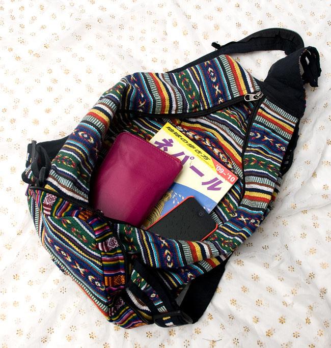 折りたためるから便利!おにぎりバックパック 10 - 本、お財布、水筒・・・まだまだたくさん入ります。