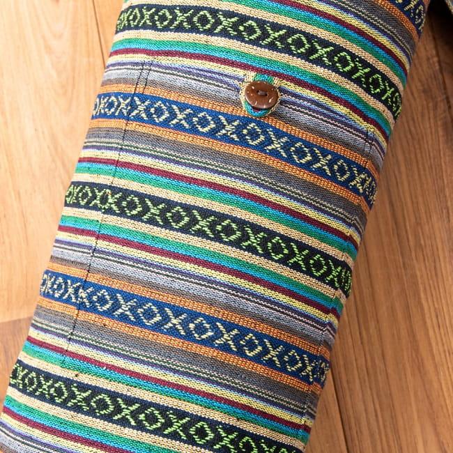 【大サイズ】ネパール織り布のヨガマットバッグの写真3 - ポケット収納つきなので、小物類を入れておくことができて便利です。