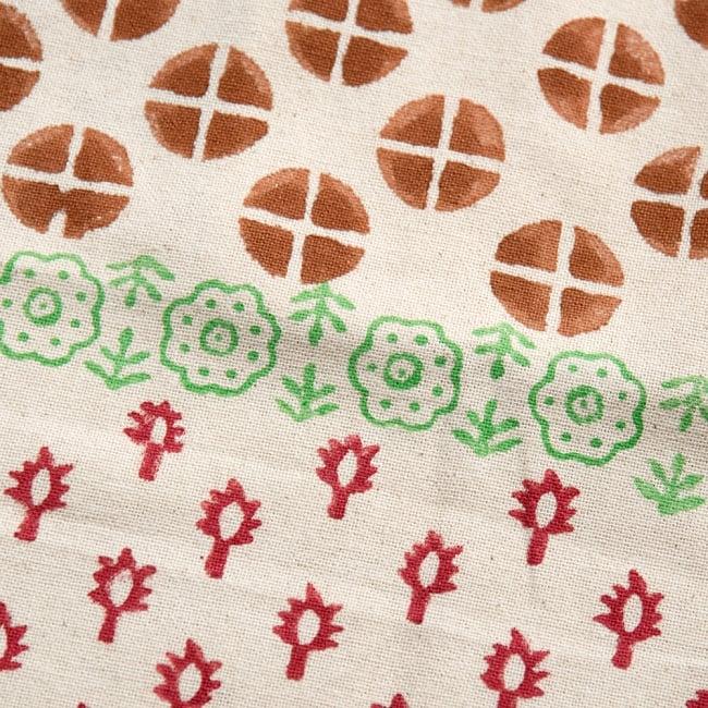 インドの木版染めトートバッグ【クリーム】の写真2 - 温かみのあるプリントがとても素敵です!