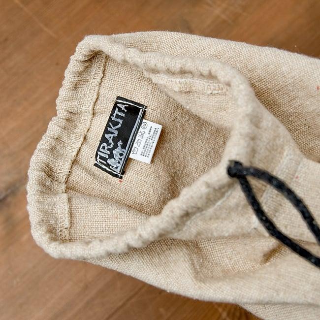 コットンヨガマットバッグ【OM】Mサイズの写真5 - 収納口は紐で巾着式に絞れます。