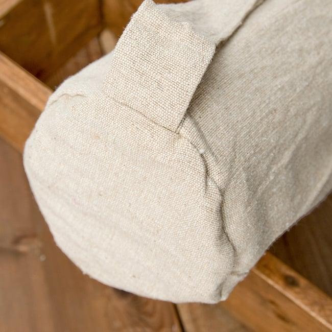 コットンヨガマットバッグ【OM】Mサイズ 7 - ストラップは長さを調整できて便利ですね。