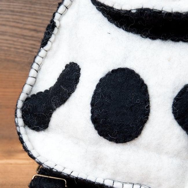 手作りフェルト ネパールのゆるいアニマルリュックサック - パンダさん 5 - 羊毛から手作りされています