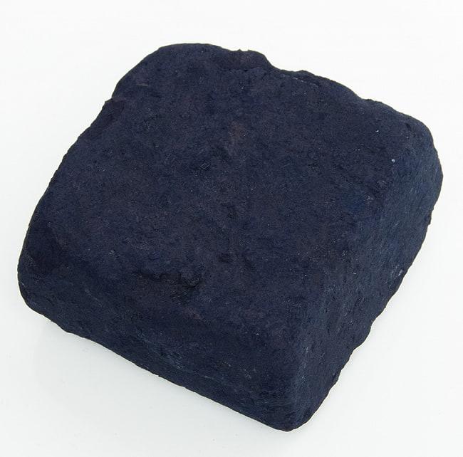 インディゴケーキ - インド藍 ブロック 藍染用 【最高級品 100g程度】 2 - 白背景で撮影しました