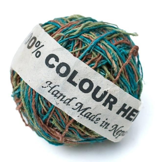 〔手芸用〕カラーヘンプボール-細糸 【緑系MIX】の写真