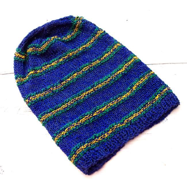 コットンとアートシルクのボーダーニット帽 【青】 3 - 平らなところに置いてみました。