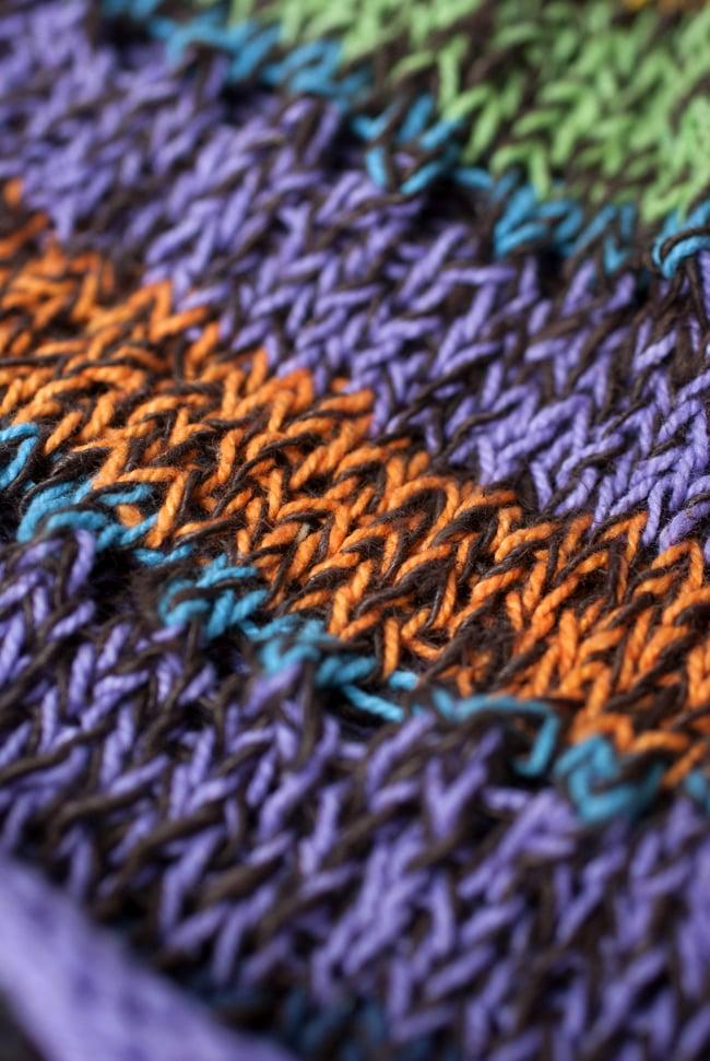 コットンのボーダーニット帽 【紫系】 4 - 質感のわかるようにアップで撮ってみました。柔らかい素材でとてもかぶりやすいです。