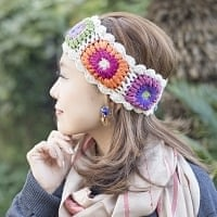 お花刺繍のニットヘアバンド - 白