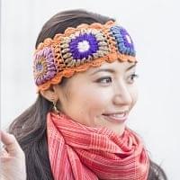お花刺繍のニットヘアバンド - オレンジ