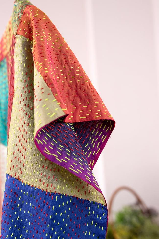 【アソート】パッチワークのカンタ刺繍ショール (約95cm×約190cm) 4 - 端部分をアップにしてみました。柔らかい質感が気持ちよいです。