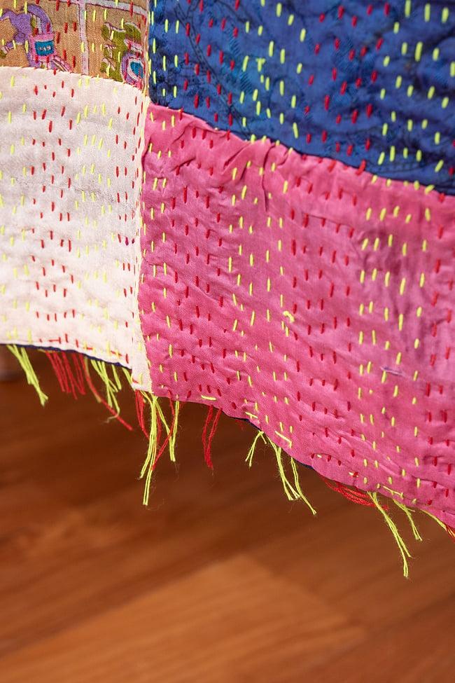 【アソート】パッチワークのカンタ刺繍ショール (約95cm×約190cm) 7 - 裾部分はこのような仕上げになっています。