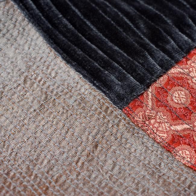 【1点物・インド最高級品】インドのカンタ刺繍ストール 12 - 他の部分をアップにしてみました。