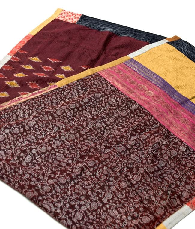 【1点物・インド最高級品】インドのカンタ刺繍ストール 17 - 別の角度から撮ってみました。
