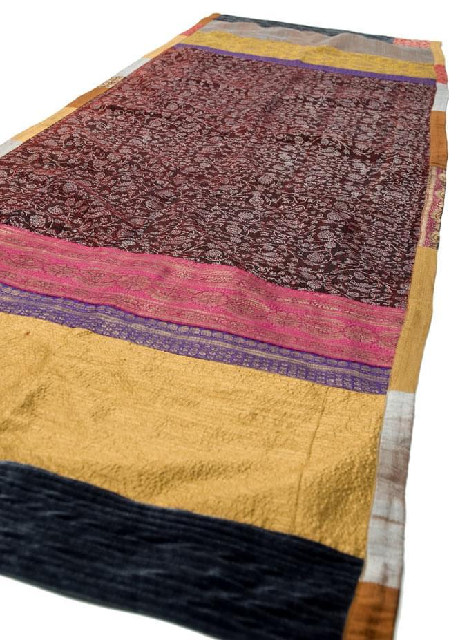 【1点物・インド最高級品】インドのカンタ刺繍ストール 6 - 角度を変えて撮ってみました。