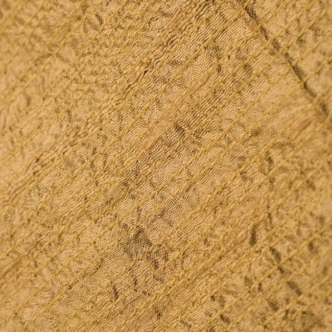 【1点物・インド最高級品】インドのカンタ刺繍ストール 9 - 他の部分をアップにしてみました。