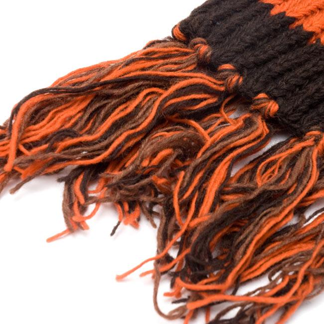 カラフルボーダーレトロマフラー 【オレンジ×茶】 5 - フリンジ部分です。程よいボリュームです。