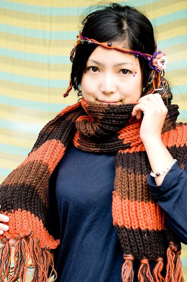 カラフルボーダーレトロマフラー 【オレンジ×茶】の写真