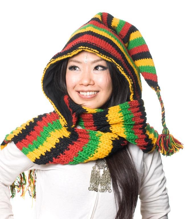 帽子付きカラフルボーダーマフラー 【ラスタ】の写真