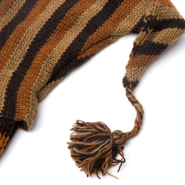 帽子付きカラフルボーダーマフラー 【ブラウン系】 3 - フードの先はちょっと尖ったデザインで、それもまたポップで可愛い♪