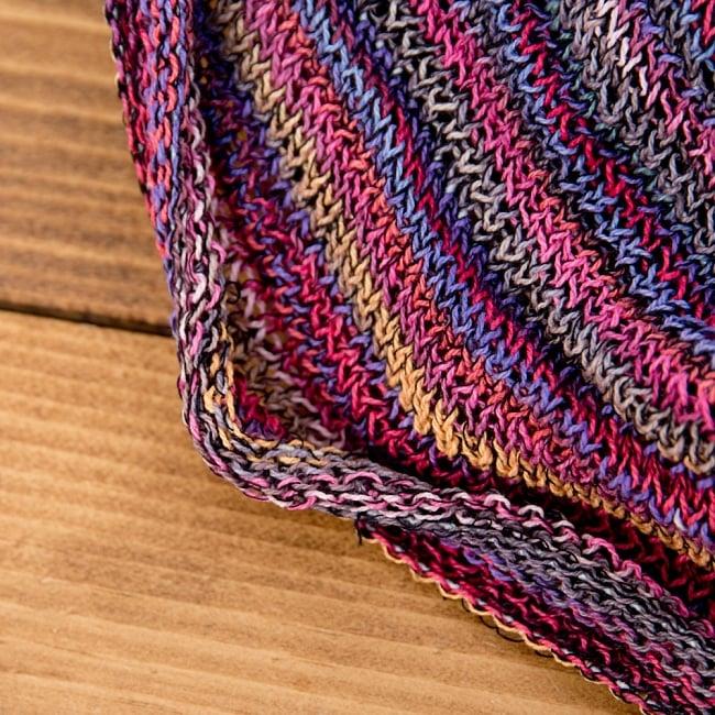 何通りも楽しめる!魔法のスヌード - ピンク 3 - 端は編みっぱなしでクルンとなっています。