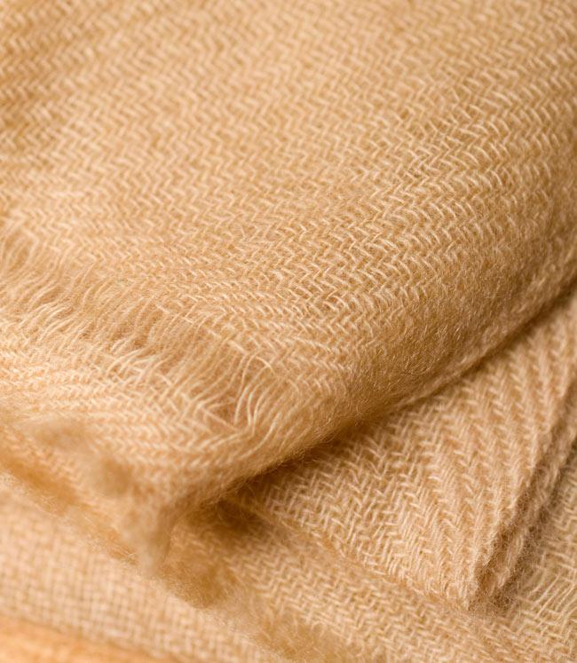 パシュミナ100% 大判手織りストール - ベージュ 3 - 拡大写真です。とても丁寧に織られています。