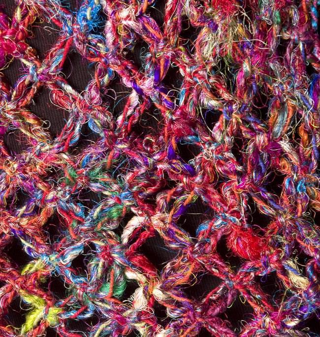シルク編みベスト-ロング 6 - 胸元はスッキリです。