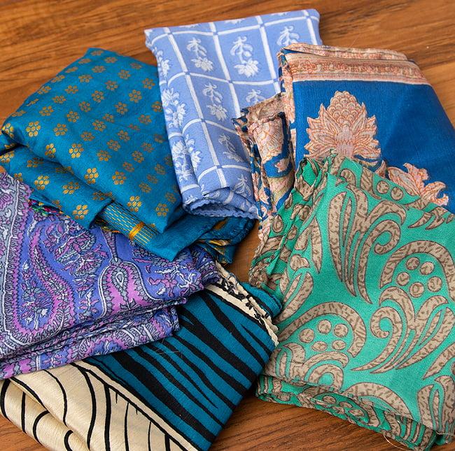 オールドサリーのスカーフ 約50cm×約50cm 2 - こちらの商品はアソート商品ですので、お届けする商品の柄が写真と異なる場合もございます。ご了承くださいませ。