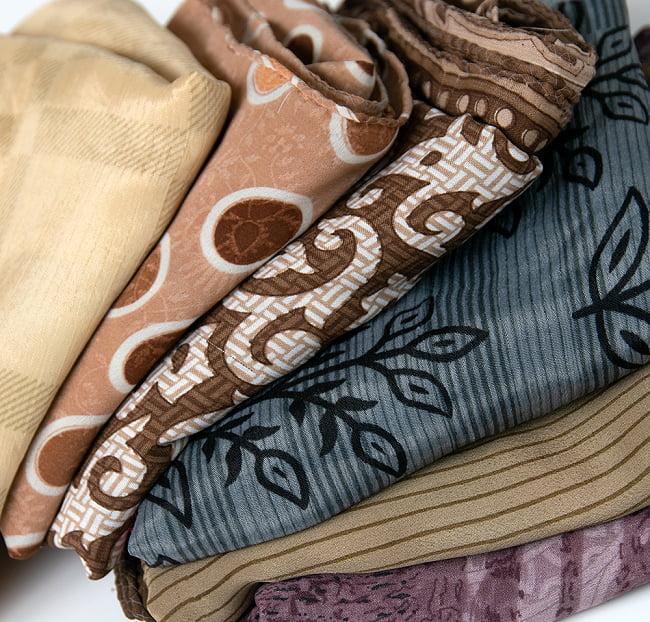 オールドサリーのスカーフ 約100cm×100cm  8 - 白・ベージュ・グレー系です