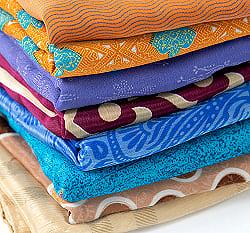 オールドサリーのスカーフ 約100cm×100cm