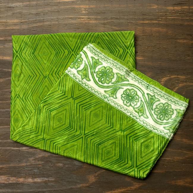 オールドサリーのスカーフ 約105cm×約105cm 【グリーン系】の写真