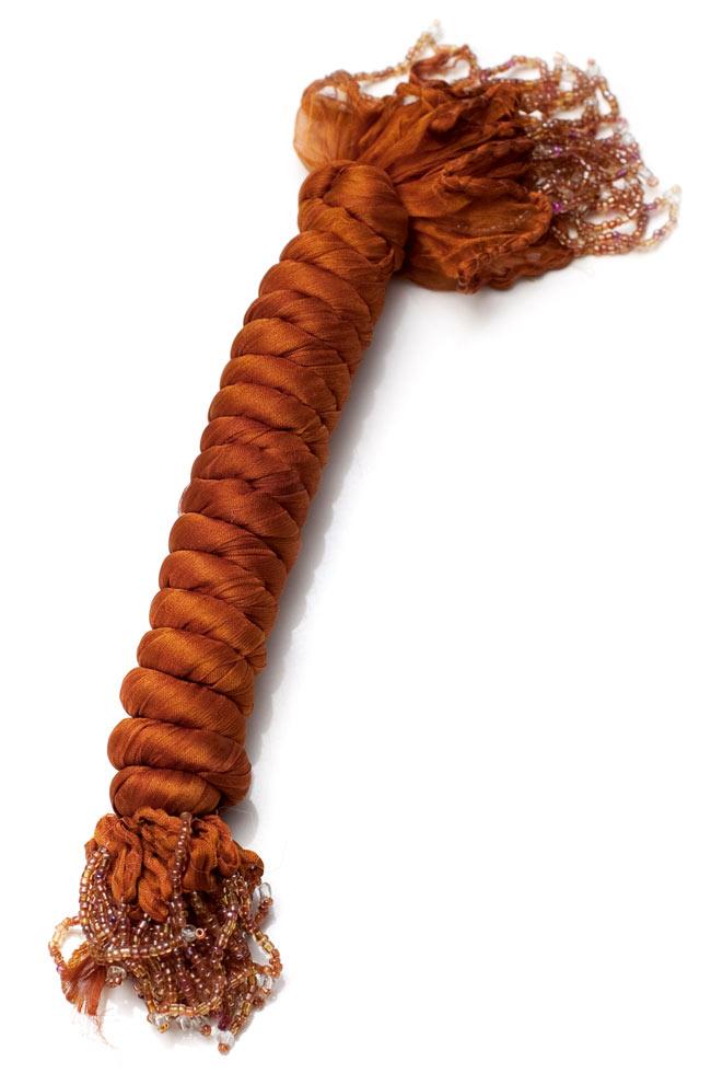 インドの薄ショール クリンクル ドゥパッタ - ブラウンの写真