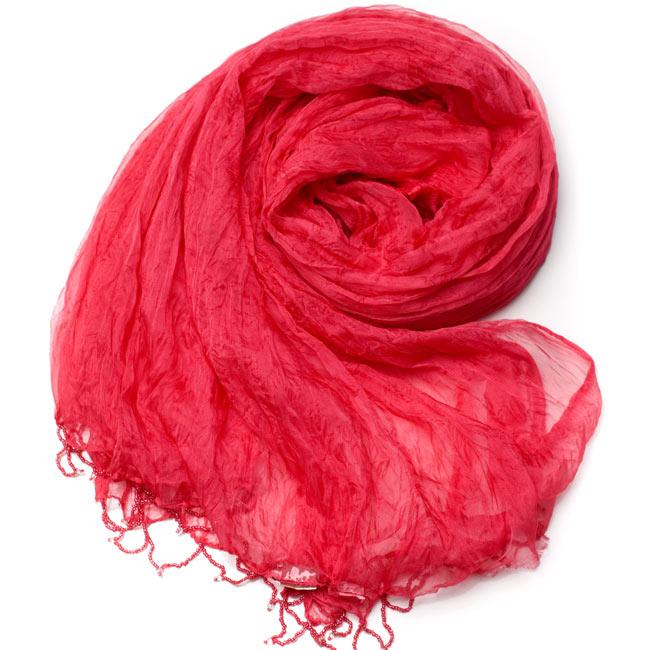 インドの薄ショール クリンクル ドゥパッタ - サーモンピンク 2 - 鮮やかでビビッドな色彩が綺麗です