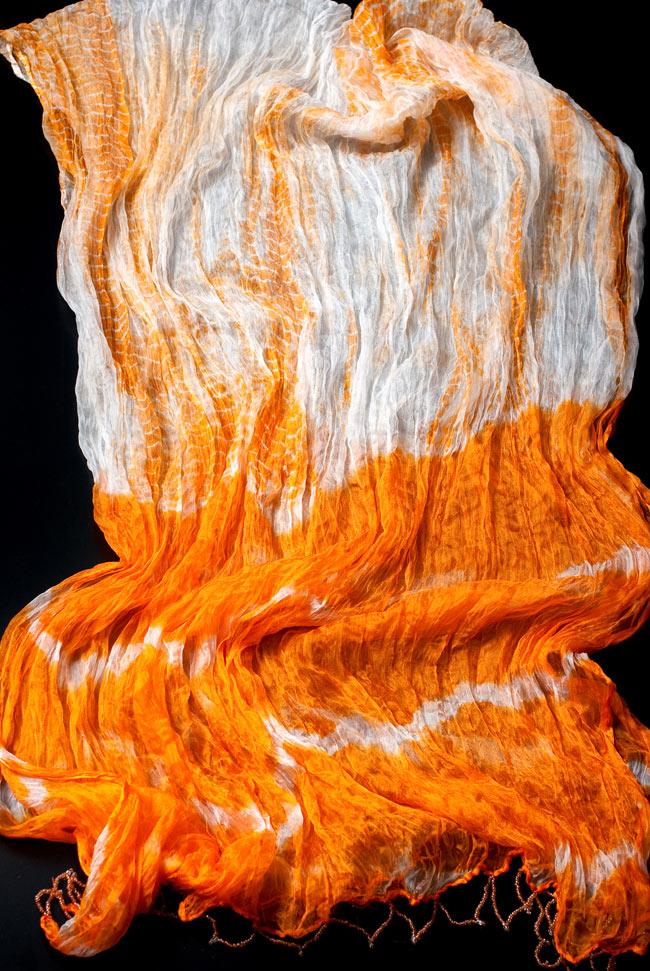 インドの薄ショール クリンクル タイダイドゥパッタ - やまぶきの写真